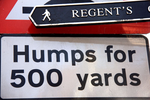 funny-traffic-signs-street-photo-picture-cc.jpg
